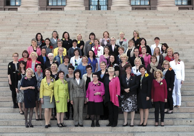 Naiskansanedustajat2012